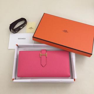 エルメス(Hermes)の5%OFFクーポンでお得に♡ 新品 HERMES べアンスフレ ローズアザレ(財布)