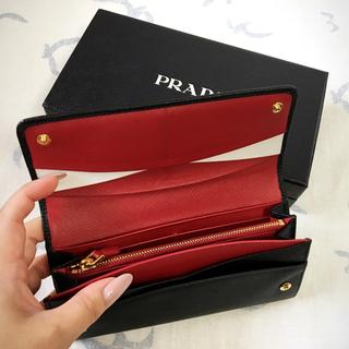 PRADA - 美品 PRADA サフィアーノ二つ折り長財布