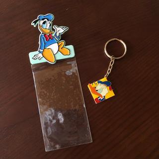 ディズニー(Disney)の《東京ディズニーランド チケットホルダー キーホルダー セット ドナルド》レトロ(キャラクターグッズ)