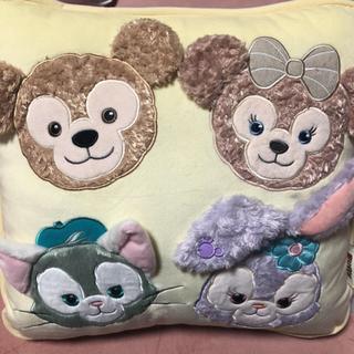 ディズニー(Disney)の💖ディズニーシー限定♡ダッフィー&フレンズ クッション♡メモセット♡(キャラクターグッズ)