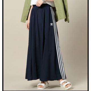アディダス(adidas)のM♡adidas BEAUTY&YOUTH コラボ ロングスカート(ロングスカート)