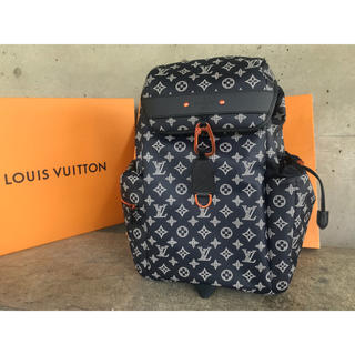 LOUIS VUITTON - ルイヴィトン LOUIS VUITTON ディスカバリー・バックパック リュック
