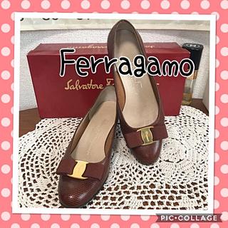 Ferragamo - 正規品✳︎サルヴァトーレフェラガモ✳︎ヴァラ✳︎ブラウンパンプス✳︎フェラガモ靴