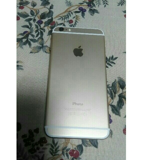 アイフォーン(iPhone)のiPhone6 place 64GB Gold  au(スマートフォン本体)