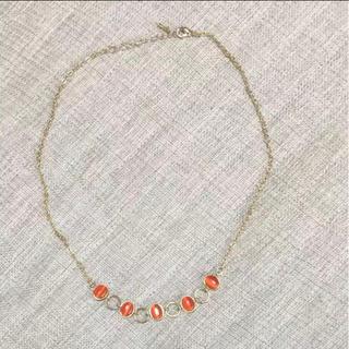 ジーユー(GU)のオレンジビジューネックレス(ネックレス)