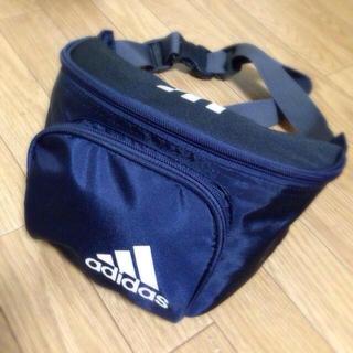 アディダス(adidas)の♡アディダス♡ ウエストポーチ(ボディバッグ/ウエストポーチ)