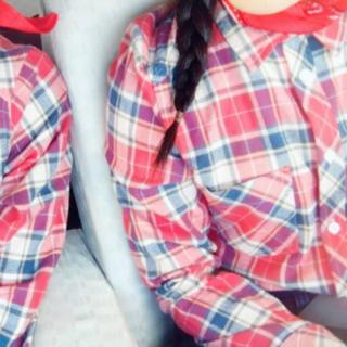 シマムラ(しまむら)のチェックシャツ 長袖 赤 オタク コスプレ オタクコス 美品(衣装)