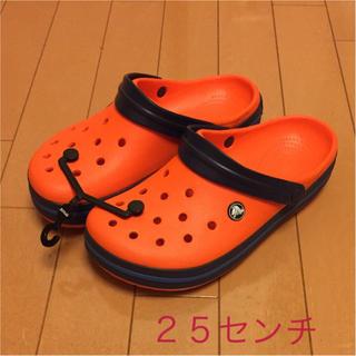クロックス(crocs)のクロックス オレンジ 25センチ  新品(サンダル)
