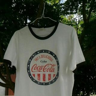 ユニクロ(UNIQLO)のコカ・コーラ Coca-Cola Tシャツ(Tシャツ/カットソー(半袖/袖なし))