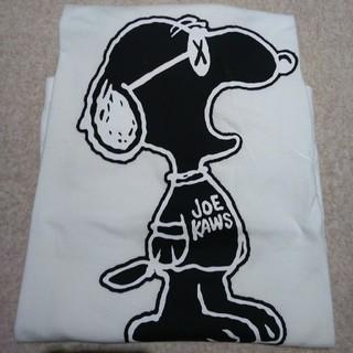 ユニクロ(UNIQLO)のユニクロ×カウズ UNIQLO×KAWS 4XL 美品 希少サイズ シュプリーム(Tシャツ/カットソー(半袖/袖なし))