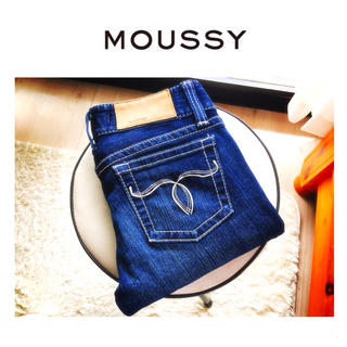 マウジー(moussy)のMOUSSY powder denim 濃紺 23インチ(デニム/ジーンズ)