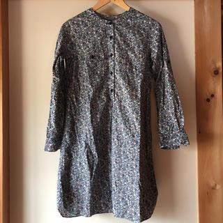 スティールエコンフォール(style+confort)のシャツ ワンピース 花柄(ひざ丈ワンピース)