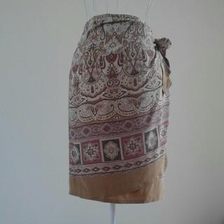 コルディア(CORDIER)のCORDIERシルク100%スカート(ひざ丈スカート)