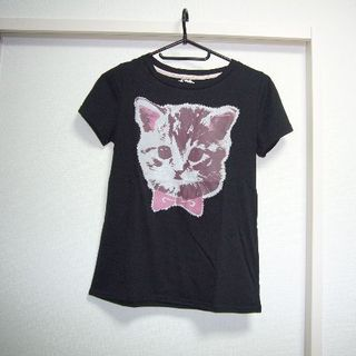 ファンキーフルーツ(FUNKY FRUIT)のFunky Fruit☆美品☆猫柄のTシャツ(Tシャツ(半袖/袖なし))