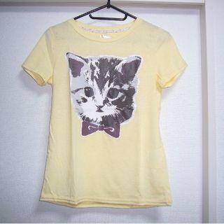 ファンキーフルーツ(FUNKY FRUIT)のFunky Fruit 美品!猫柄のTシャツ(黄色)(Tシャツ(半袖/袖なし))
