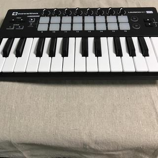 novation launchkey  mini mk2(MIDIコントローラー)