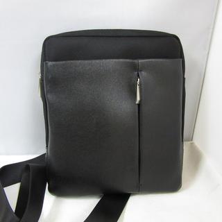 バーニーズニューヨーク(BARNEYS NEW YORK)の新品 定価3.2万 バーニーズ ショルダーバッグ 肩がけ縦型コンパクト 本革(メッセンジャーバッグ)