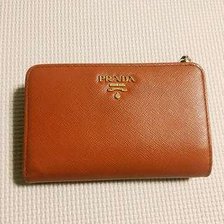 プラダ(PRADA)の【PRADA】サフィアーノ 二つ折り財布 オレンジ(財布)
