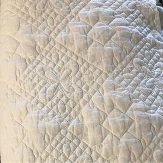 フレンチリネンキルトマルチカバー ホワイト約190×270(ソファカバー)