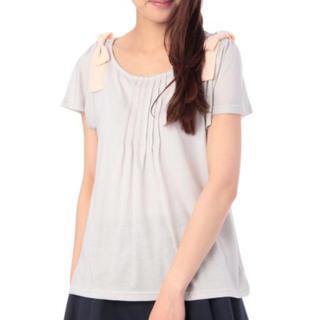 クチュールブローチ(Couture Brooch)のクチュールブローチ 肩リボン ピンタック カットソー(カットソー(半袖/袖なし))