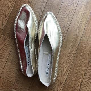 ザラ(ZARA)のzara靴(スリッポン/モカシン)
