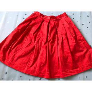 ジーユー(GU)のGU ジーユー 赤 スカート(ミニスカート)