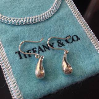 ティファニー(Tiffany & Co.)の【ティファニー TIFFANY】ピアス ティアドロップ♪(ピアス)