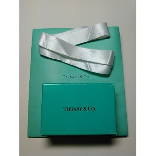 ティファニー(Tiffany & Co.)のTIFFANY&Co. 【空箱・ショッパー・リボン】三点(ショップ袋)