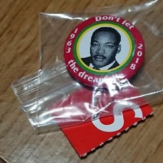 シュプリーム(Supreme)のSupreme MLK Dream Button(その他)