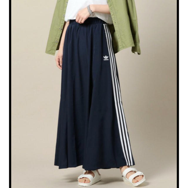 adidas(アディダス)のadidas M♡BEAUTY&YOUTH コラボ ロングスカート レディースのスカート(ロングスカート)の商品写真