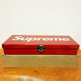 シュプリーム(Supreme)のシュプリーム large metal storage box(小物入れ)