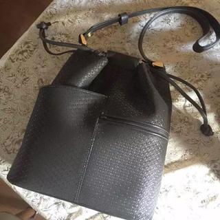 インデンヤ(印傳屋)の印伝屋 印傳屋 貴重 レア バック バッグ 定価の半額(ショルダーバッグ)