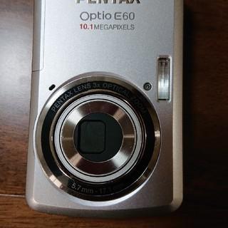 ペンタックス(PENTAX)のデジカメPENTAX optio E60 シルバー(コンパクトデジタルカメラ)
