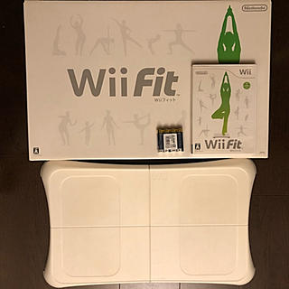 任天堂 - Wii fit ボード+ソフト 新品乾電池付けます★値下げしました