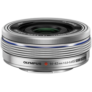 オリンパス(OLYMPUS)の新品M.ZUIKO DIGITAL 14-42mm F3.5-5.6EZ+おまけ(レンズ(ズーム))