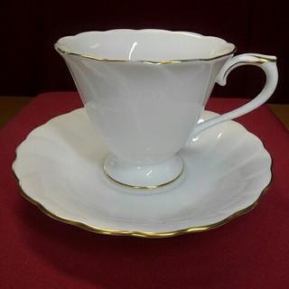 オオクラトウエン(大倉陶園)の状態良好、大倉陶園のゴールドラインカップ&ソーサ1客です(食器)