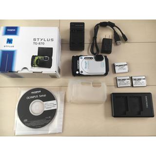 オリンパス(OLYMPUS)のオリンパス tg870 インスタ映 セルフィーカメラ 電池、シリコンカバー付き(コンパクトデジタルカメラ)