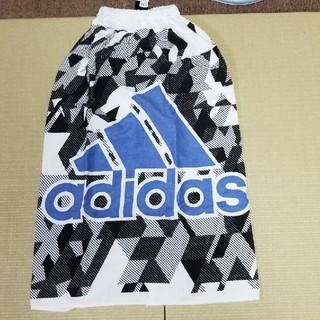 アディダス(adidas)のアディダスのプール用バスタオル(タオル/バス用品)