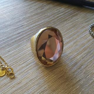 アッシュペーフランス(H.P.FRANCE)の安室ちゃんのアルバムのジャケットに使われたリング(リング(指輪))