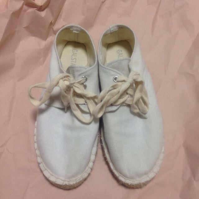 ホワイト スニーカー レディースの靴/シューズ(スニーカー)の商品写真