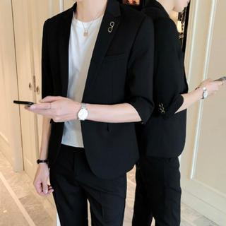 ブラック 2点セット メンズスーツ 即購入ok 送料込み 夏物 半袖(セットアップ)