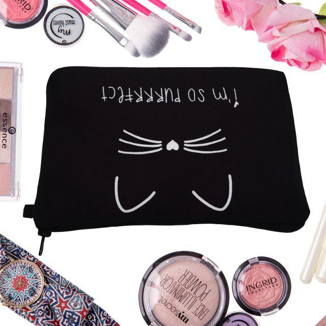 猫 猫ポーチ ねこコスメポーチ♪ 猫ちゃんポーチ♪ 新品未使用品 送料無料 レディースのファッション小物(ポーチ)の商品写真