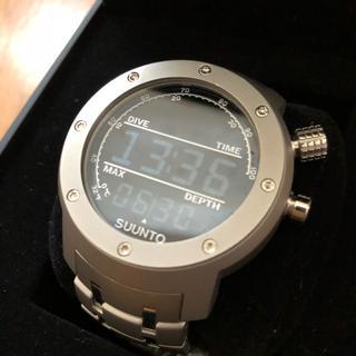 スント(SUUNTO)のスント エレメンタム アクア 国内正規 美品 10月5日限定値下げ(腕時計(デジタル))