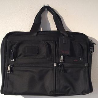 トゥミ(TUMI)の美品 TUMI 26109DH ALPHA ブリーフケース ブラック(ビジネスバッグ)