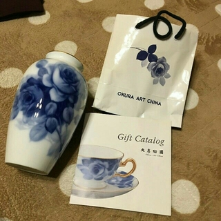 オオクラトウエン(大倉陶園)の感謝sale♥1928♥大倉陶園♥素敵なブルーのフラワーの(花瓶)