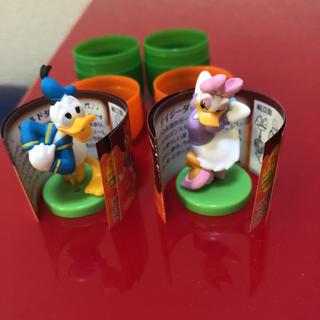 ディズニー(Disney)のフルタ チョコエッグ ドナルド&デイジー(フィギュア)