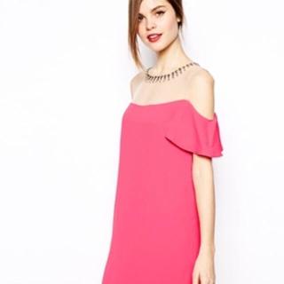 ビーシービージーマックスアズリア(BCBGMAXAZRIA)のBCBG ドレス(ミニドレス)