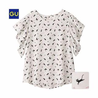 ジーユー(GU)の新品♡gu ジーユー セーラームーン M ブラウス トップス Tシャツ ユニクロ(シャツ/ブラウス(半袖/袖なし))