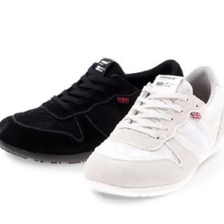アドミラル(Admiral)の新品 Admiral 定価8424円 靴 24cm《FAIRLOP》黒 大幅値下(スニーカー)