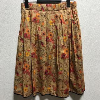 アマカ(AMACA)のタグ付き未使用品  AMACA   リバティスカート  11号(ひざ丈スカート)